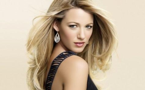stylish-long-blonde-hairstyles