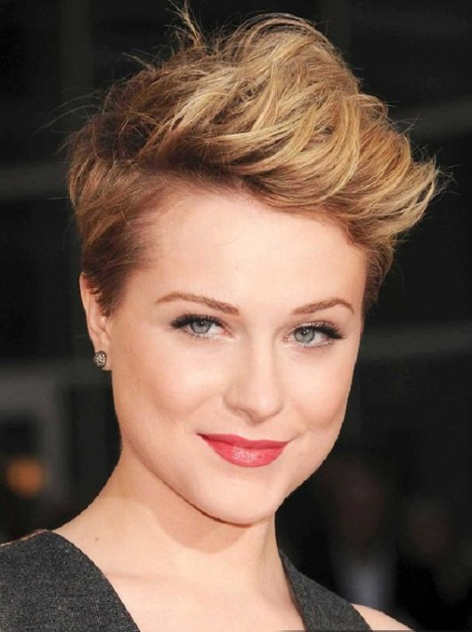trendy-short-hairstyles-for-round-face-ideas