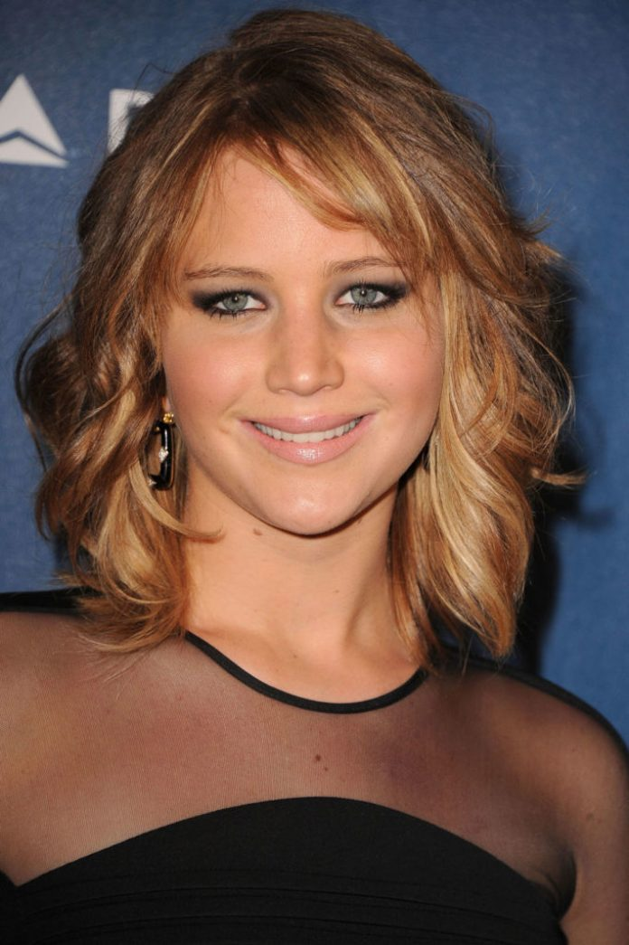 short-thick-wavy-hairstyles