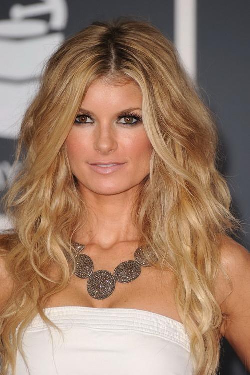 blonde-wavy-hairstyles