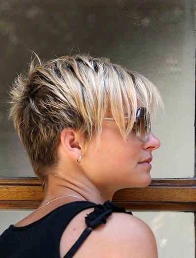 layered-pixie-haircut