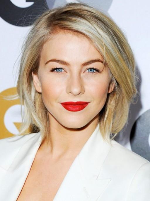 blonde-short-straight-hairstyle