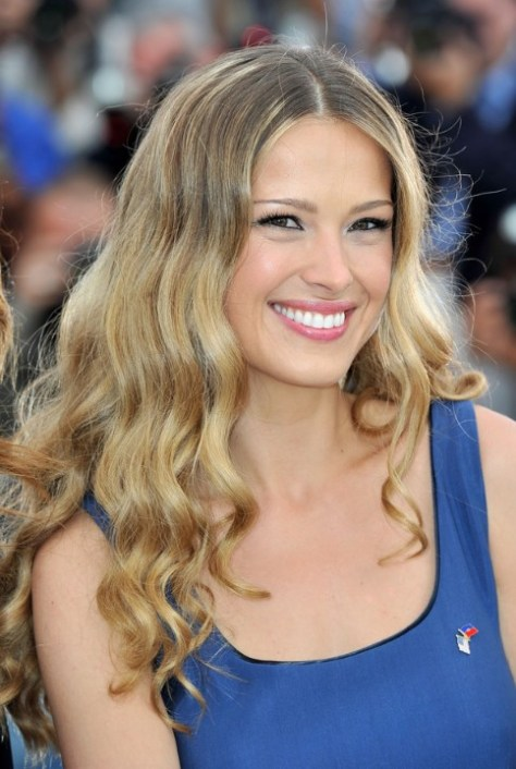 Middle Parted Balayage Waves