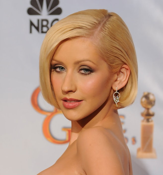 Christina Aguilera Sleek Straight Bob