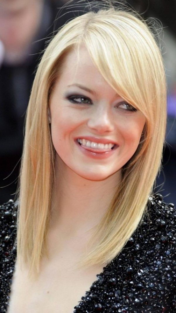 Straight Blonde Hairstyles with Side Bangs