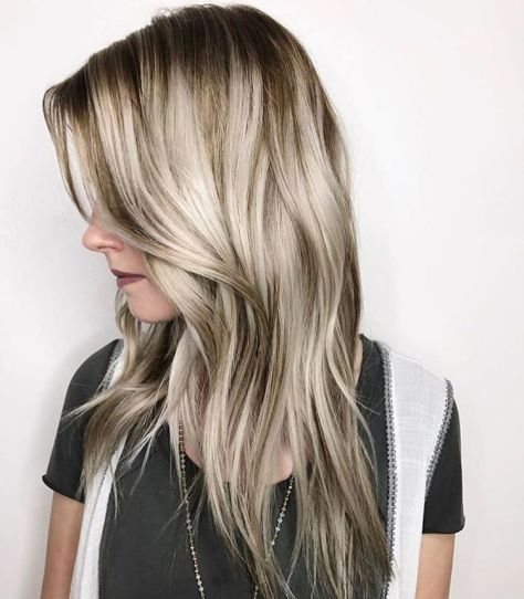 Mid Length Layered Hair with Waves
