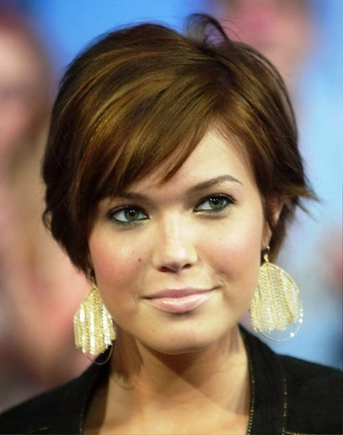 Easy Short Hair with Highlights