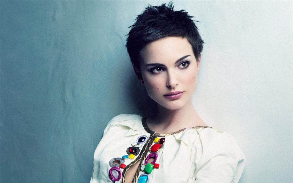 30 Easy Short Hairstyles for Women To Appear As Diva - Haircuts ...