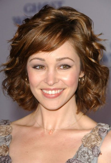Short Wavy Hair with Fringe