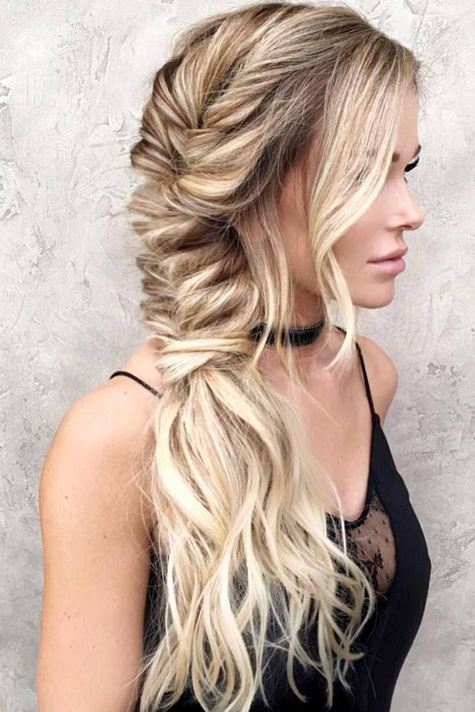 Blonde Wavy Braided Hairstyle