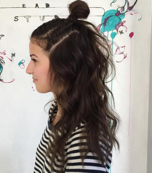 15 Top Knot Hairstyles for Women – Look Modish And Marvelous