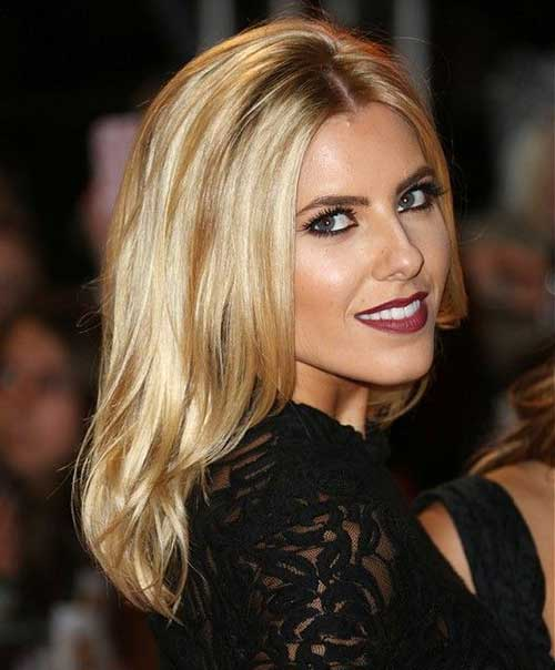 Middle Parted Layered Blonde Hairstyle