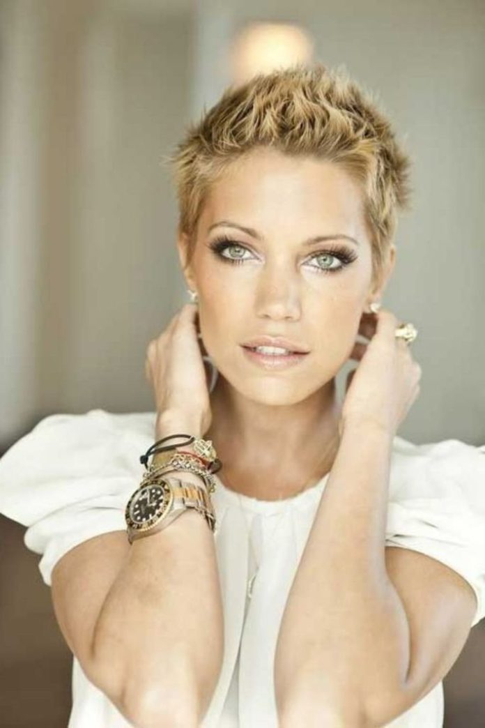 Short Spiky Hairstyle for Women