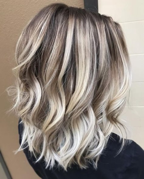Balayage Lob with Loose Curls