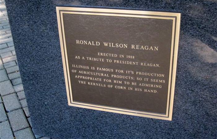 Ronald Reagan statue plaque