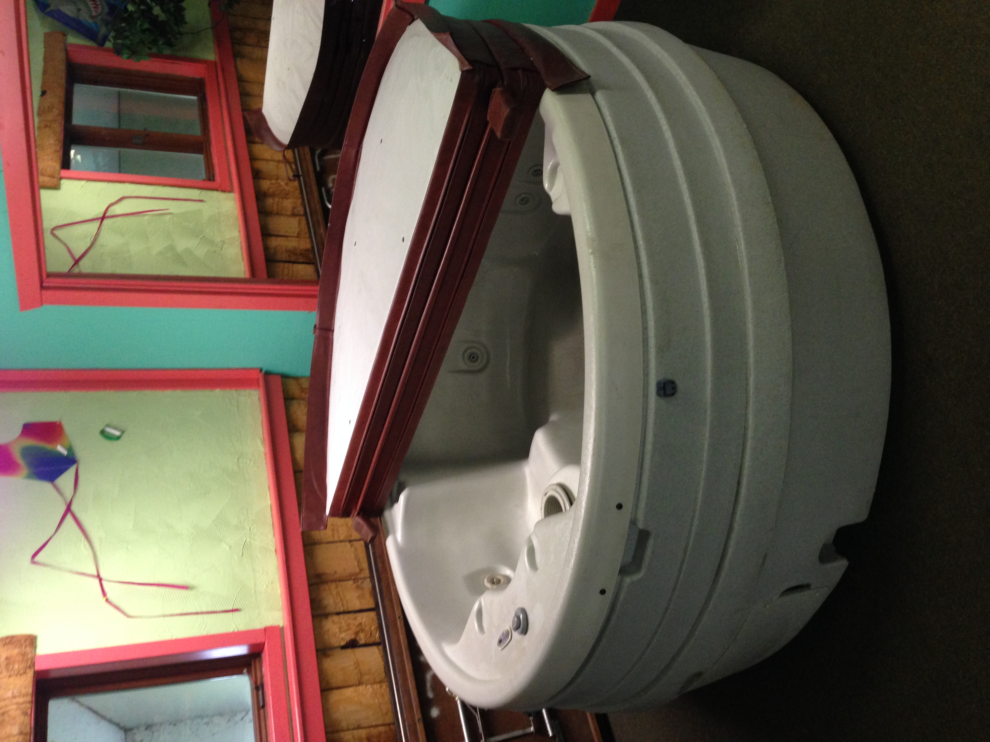 Dream Maker used hot tub Ready for delivery