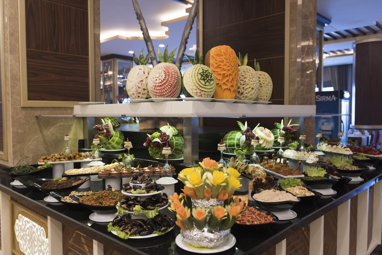 Фото нового отеля в Алании Oz Hotels Sui Resort 5* , Турция кухня