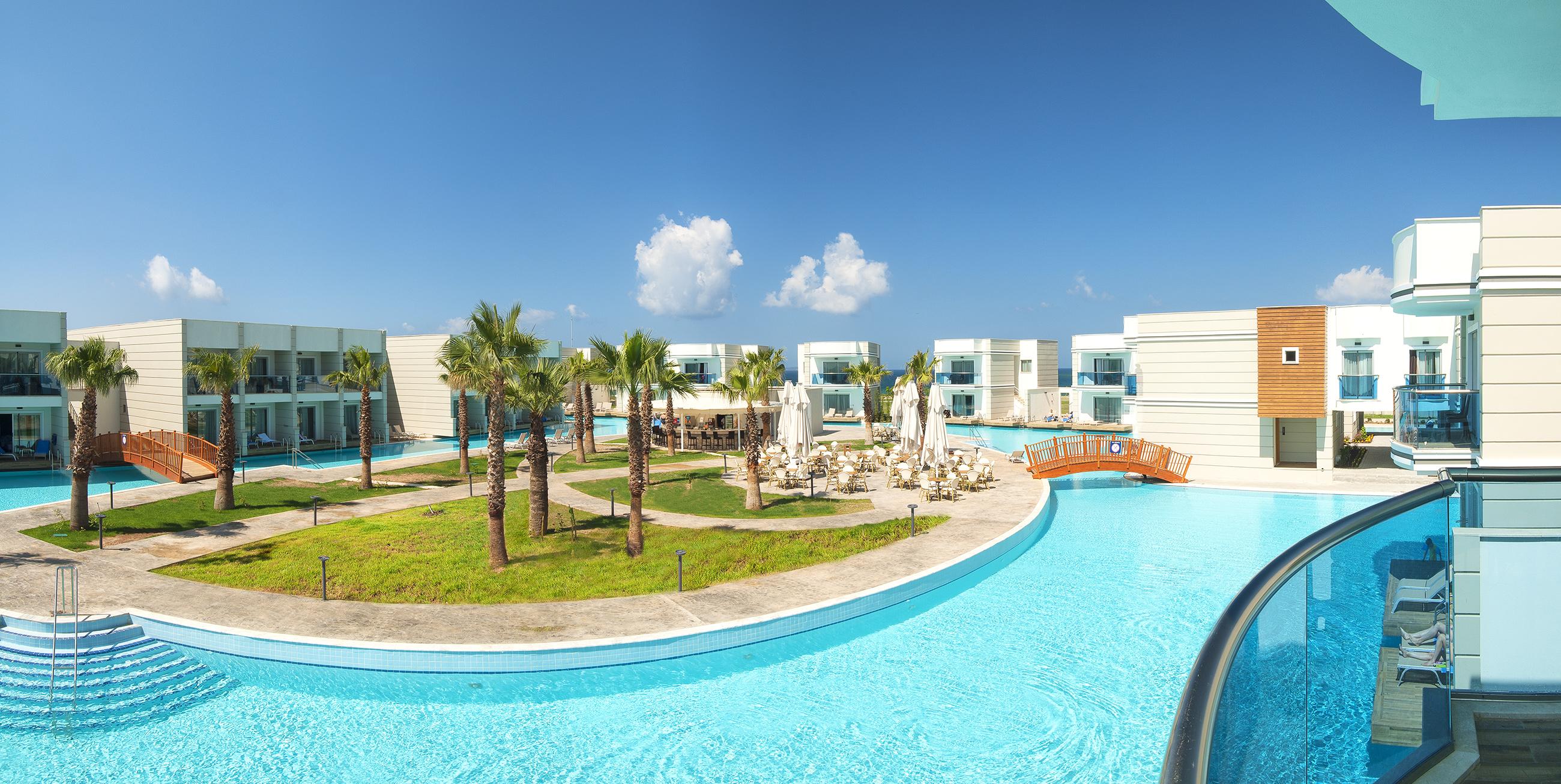 Фото нового отеля в Турции Aquasis Deluxe Resort & Spa 5* аквазона