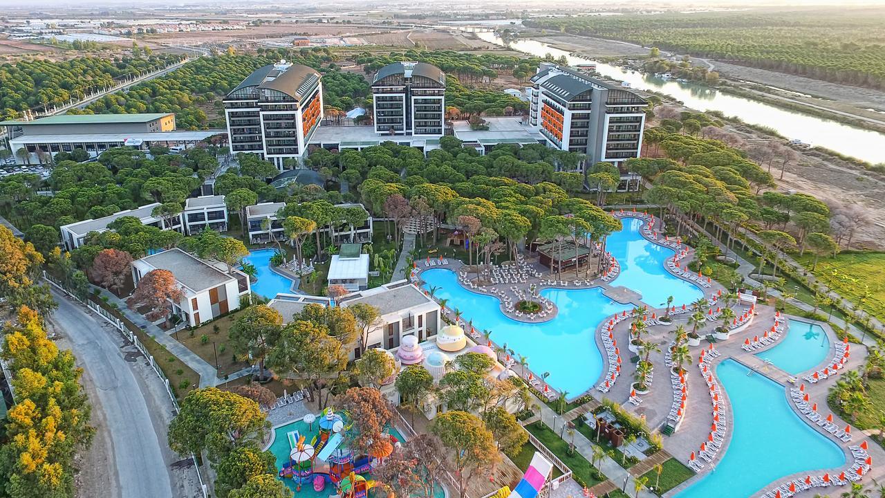 Фото нового отеля в Турции Trendy Lara 5*