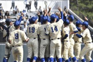 奥川恭伸の父隆さんは野球選手だった