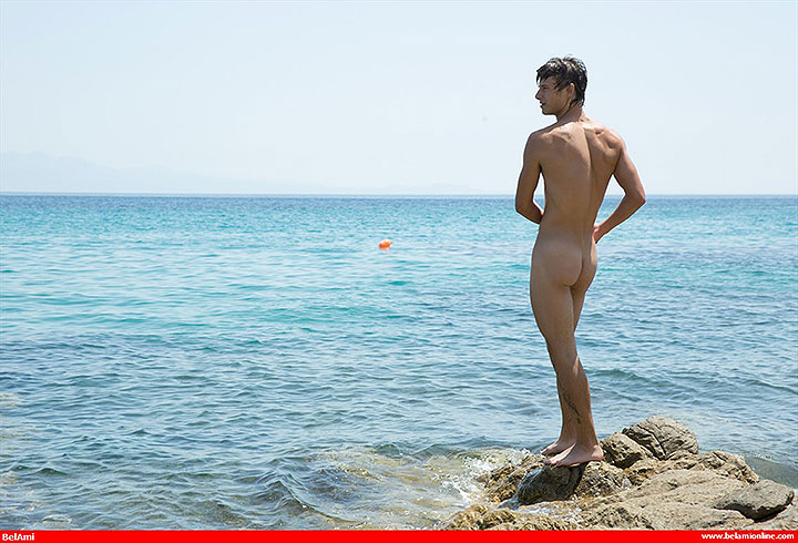 Model Of The Week: Bastian Dufy