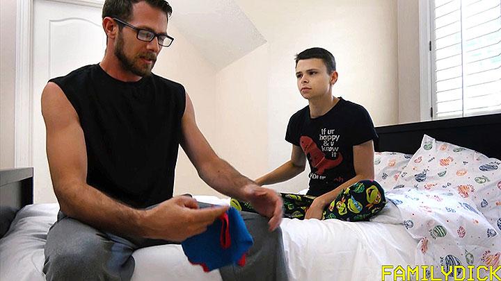 FamilyDick: Big Boy Underwear