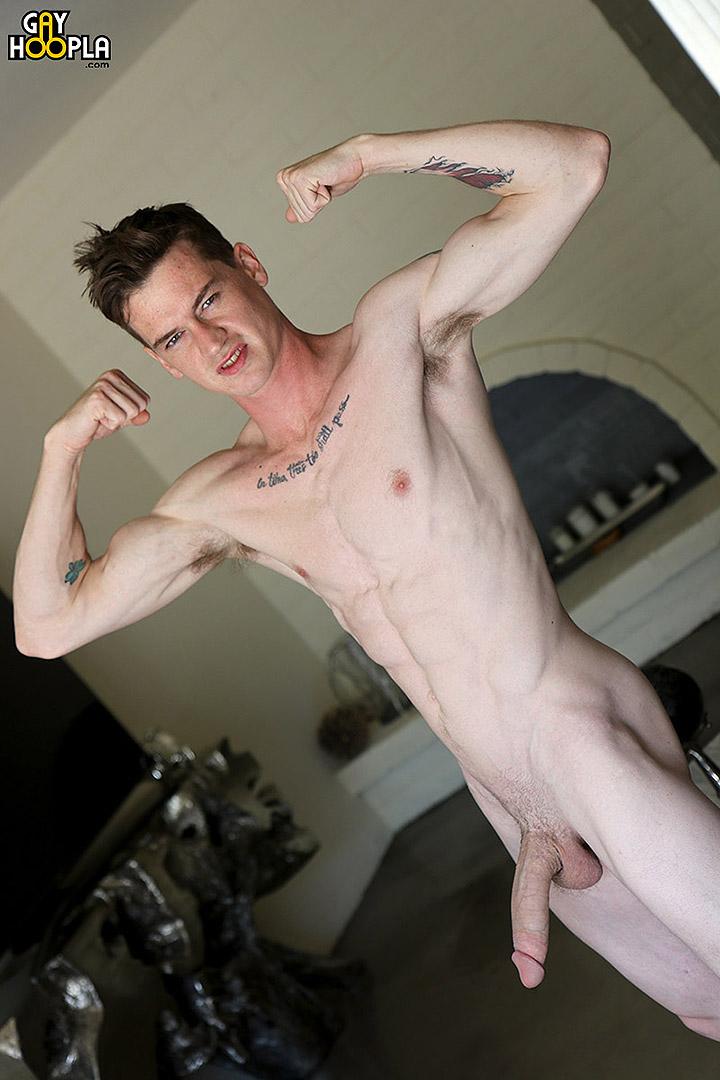 Super Hung Newcomer London Ryan