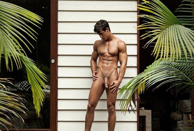 Model Of The Week: Hungarian Hunk Kris Evans