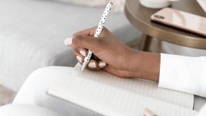 Utiliser le Pouvoir de l'Écriture pour Réécrire son Histoire avec Muriel Le Roy – partie 2 -E043
