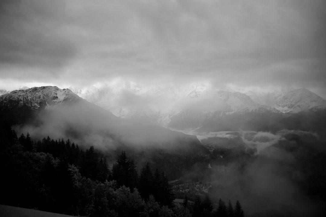 Mauvais temps depuis Passy au dessus de Servoz et sur la chaine du Mont Blanc