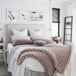 60 Beautiful Bedroom Decor and Design Ideas (18)