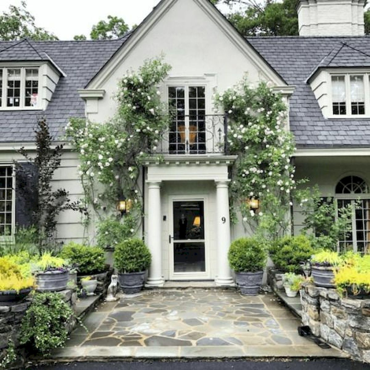 70 Stunning Exterior House Design Ideas (2)