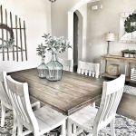 40 Adorable Farmhouse Dining Room Design And Decor Ideas (10)