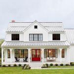 46 Awesome Farmhouse Home Exterior Design Ideas (23)