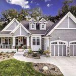 46 Awesome Farmhouse Home Exterior Design Ideas (46)