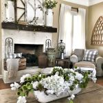 50 Cozy Farmhouse Living Room Design and Decor Ideas (3)