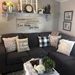 50 Cozy Farmhouse Living Room Design and Decor Ideas (33)