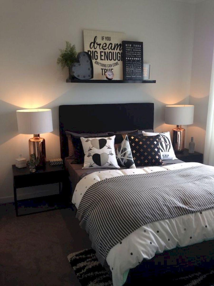 55 Romantic Bedroom Decor for Couple (8)