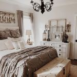 50 Awesome Wall Decor Ideas For Bedroom (22)