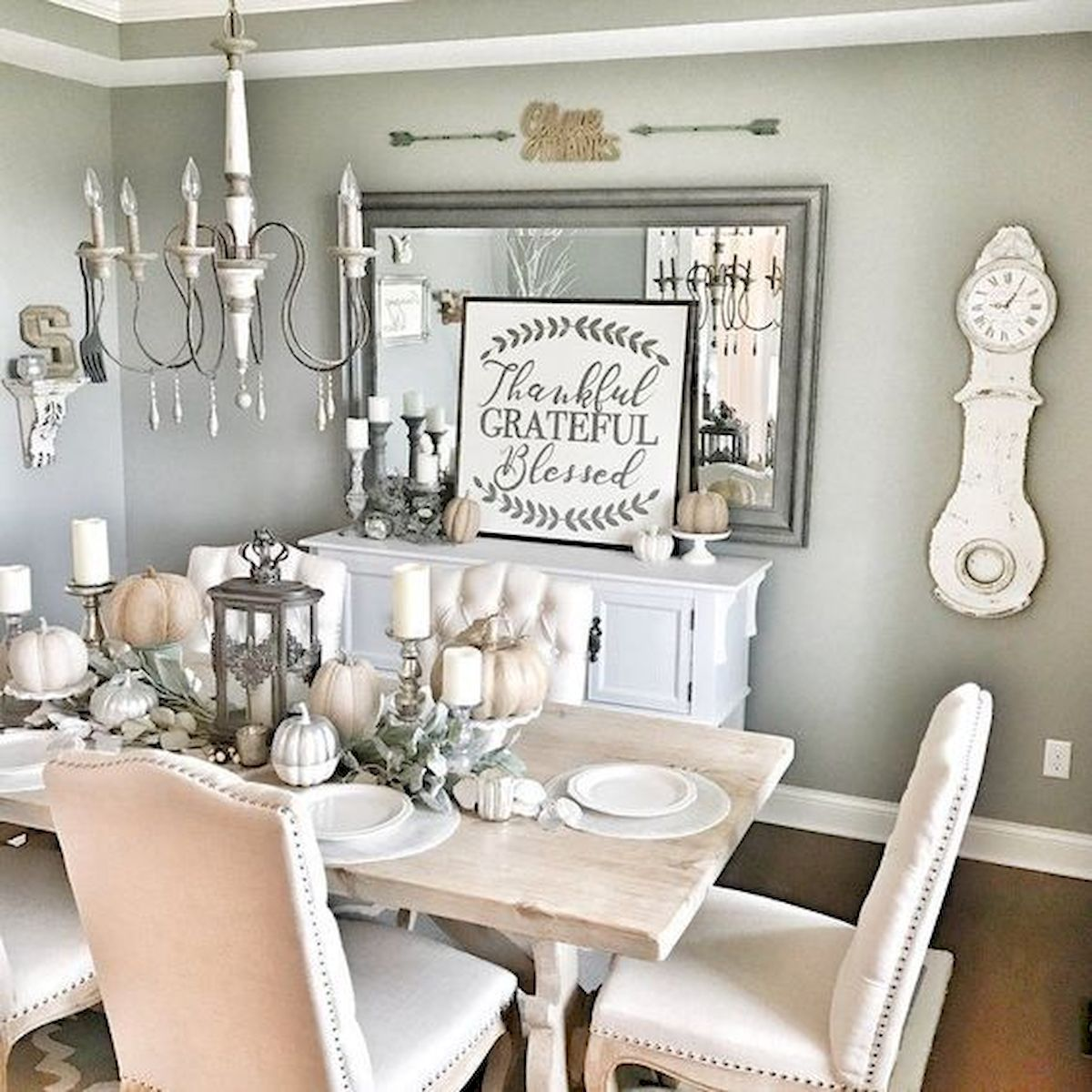 50 Awesome Wall Decoration Ideas for Dinning Room (45)