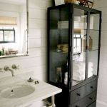 50 Brilliant Storage Design Ideas for Small Bathroom To Make It Look Spacious (40)
