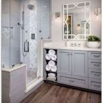 50 Cozy Bathroom Design Ideas for Small Space in Your Home (32)