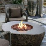 55 Awesome Backyard Fire Pit Ideas For Comfortable Relax (47)