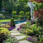 55 Fantastic Garden Path and Walkway Design Ideas (36)