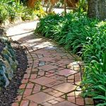 55 Fantastic Garden Path and Walkway Design Ideas (50)
