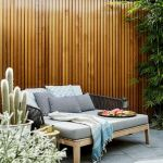 60 Awesome Backyard Privacy Design and Decor Ideas (50)