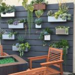 50 Awesome Modern Backyard Garden Design Ideas With Hanging Plants (14)