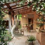 50 Awesome Modern Backyard Garden Design Ideas With Hanging Plants (8)