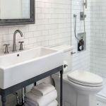 50 Awesome Modern Farmhouse Bathroom Remodel Ideas (33)