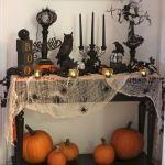 40 Stunning Halloween Indoor Decoration Ideas (34)